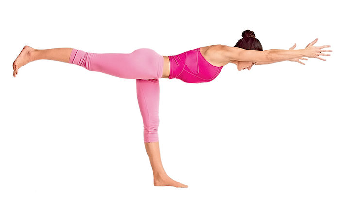 йога для похудения вирабхадрасана 3